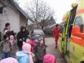 Z navdušenjem smo si ogledali reševalno vozilo